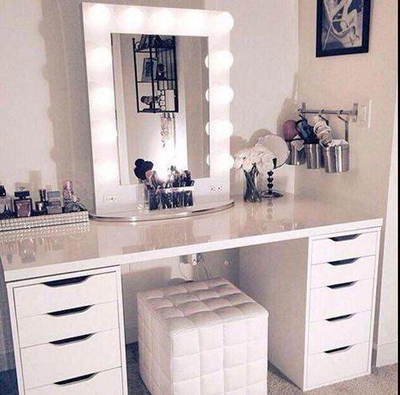 beautypul, baño, cosmeticos, cremas, cuarto, espacio, makeup, maquillaje, orden, productos, tocador, vanity, organizador de maquillaje, comoda, cajones, tocador con espejo, caja maquillaje, caja cosmeticos, mesa de maquillaje, muebles de maquillaje, escritorio para maquillaje, como organizar cosmeticos, como organizar maquillaje, mueble con espejo para maquillarse, cajas para maquillaje, organizador para baño, cajas para guardar maquillaje, mueble tocador, tocador de maquillaje, muebles para maquillaje, tocadores, organizador de cosmeticos, tocadores de madera rusticos, organizador para accesorios y cosmeticos, tocador sin espejo, tocadores de madera rusticos, comoda tocador con espejo, mesa para tocador, maquillaje tocador, organizar cremas, tocadores con espejo grande, mesa de tocador moderno, escritorio tocador espejo, tocador blanco con espejo, como hacer un organizador de maquillaje,